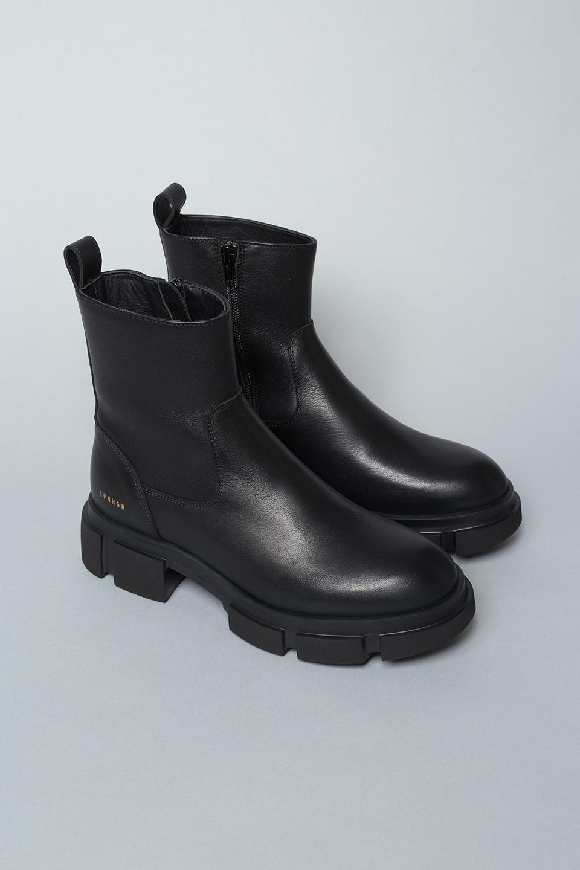 CPH526 vitello black