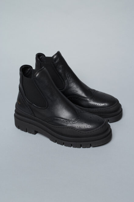 CPH738 vitello black
